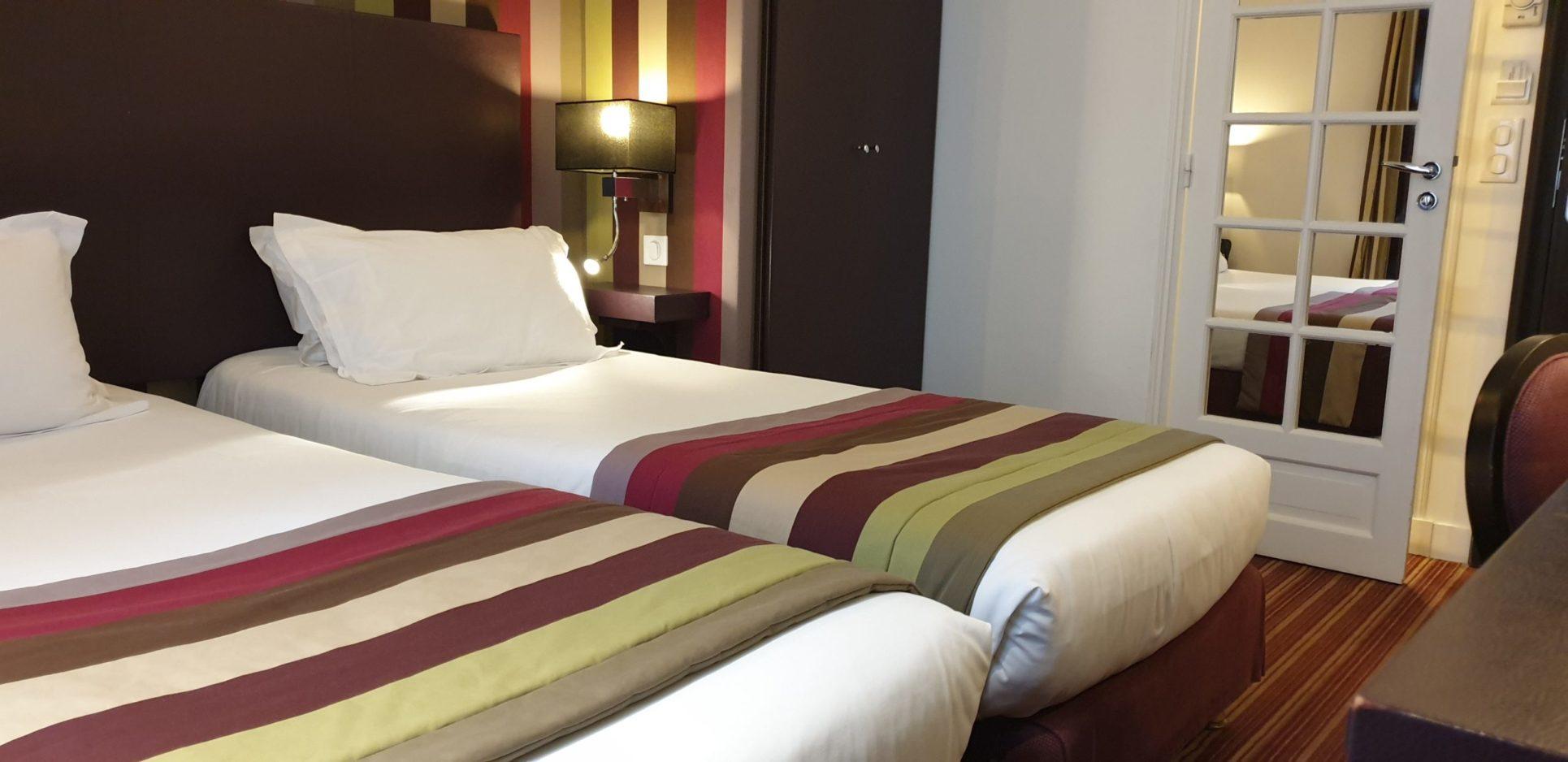 chambre twin rayures 8 - hôtel star champs-élysées