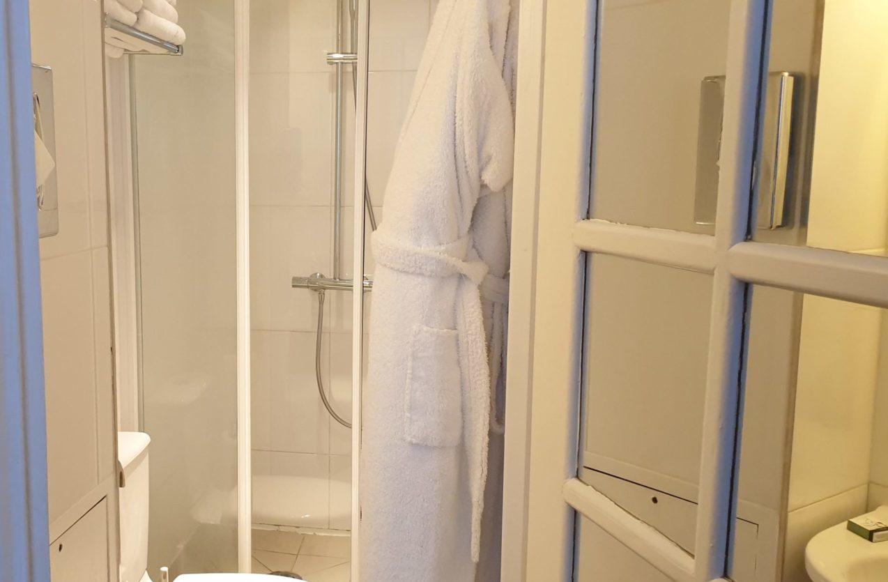 salle de bain triple or 4 - hôtel star champs-élysées