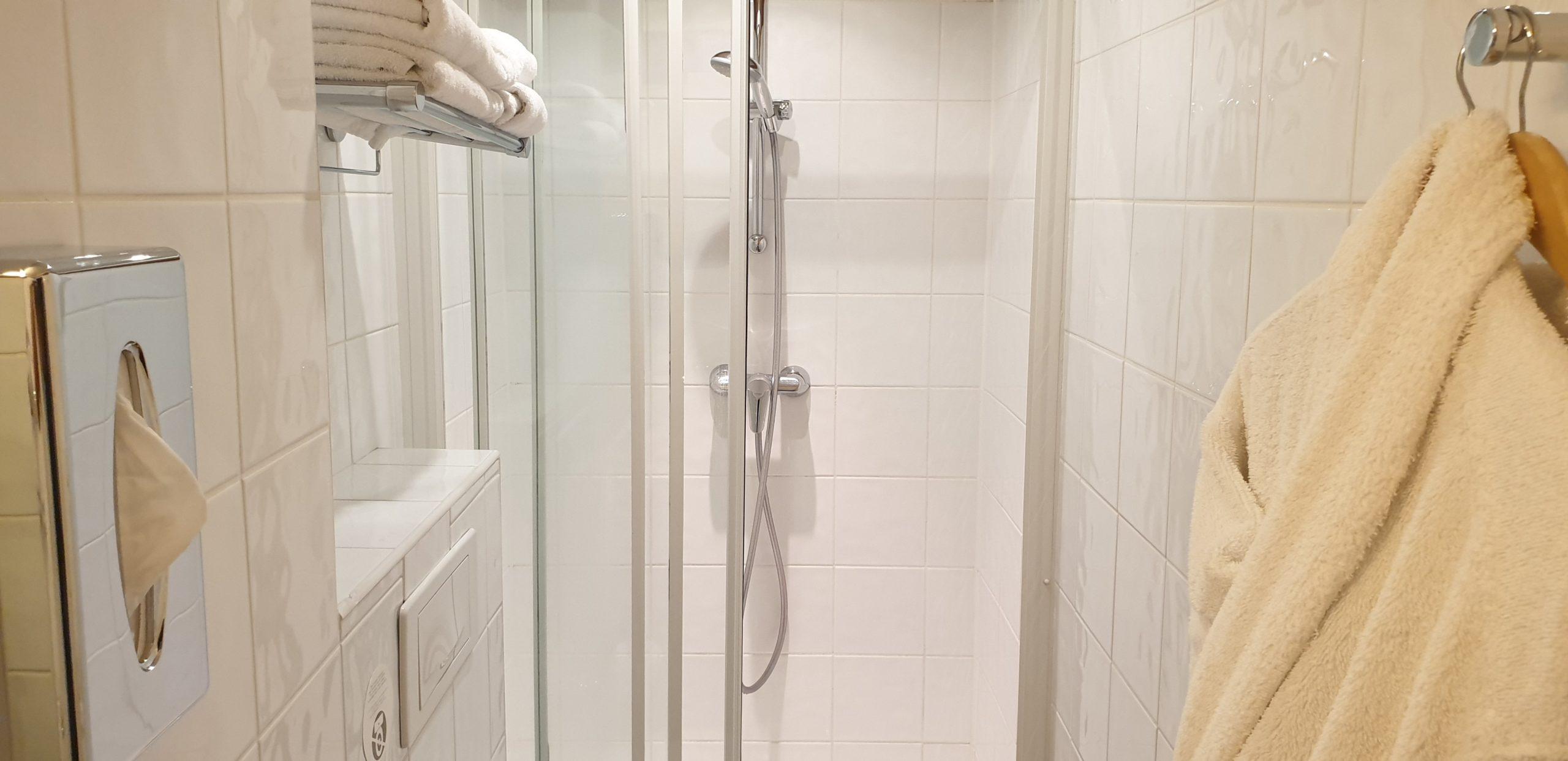 salle de bain triple - star champs-élysées