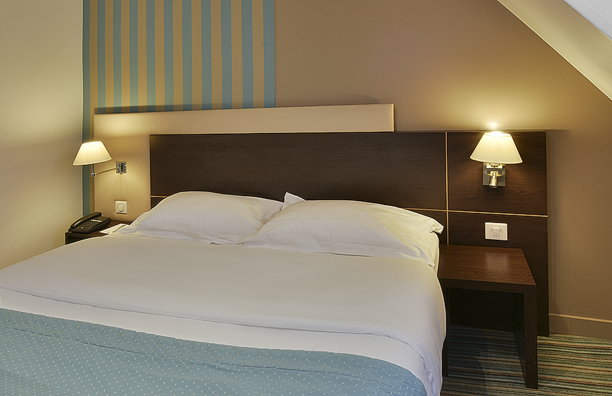 chambre suite - hôtel star champs-élysées