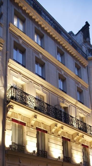 façade hôtel Star Champs-Elysées