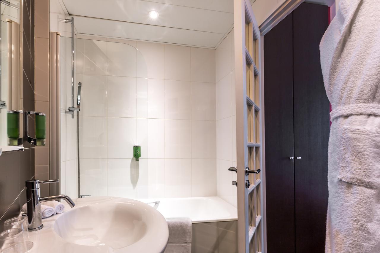 Salle de bain double supérieure - hôtel star champs-élysées